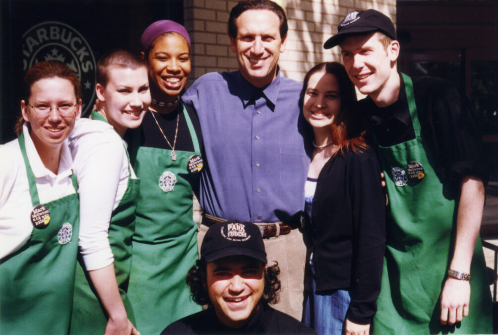 Howard Schultz with partners
